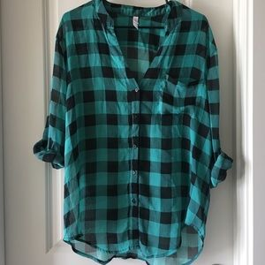 Plaid Xhilaration Top